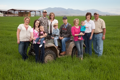 The Wiser Family - 3 generations on Circle B Dairy